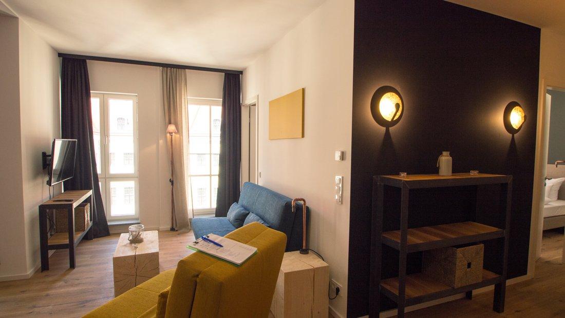 Flur und Wohnbereich im Lebendigen Haus in Dresden