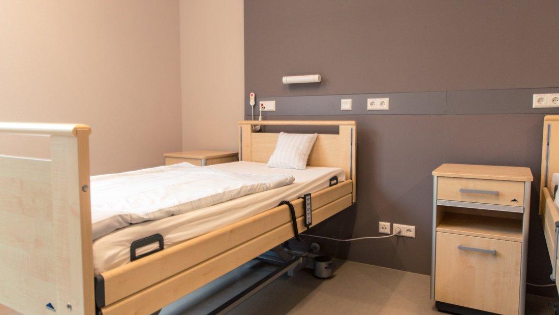 Detail Aufnahme Pflegebett im Epilepsiezentrum Kleinwachau