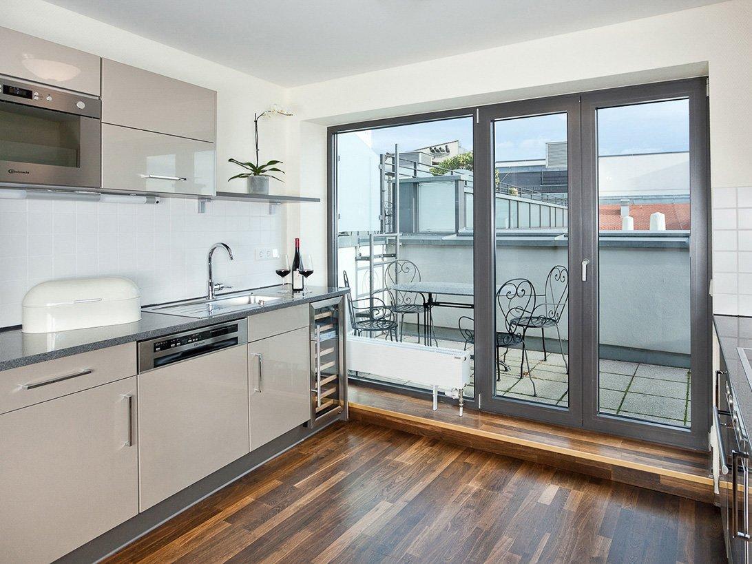 Küchenbereich einer Suite im Hotel Suitess Dresden