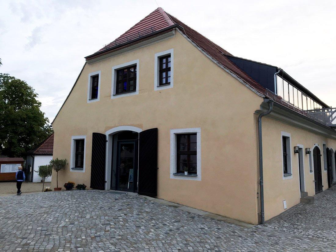 Aussenansicht Winzersaal Hoflößnitz in Radebeul