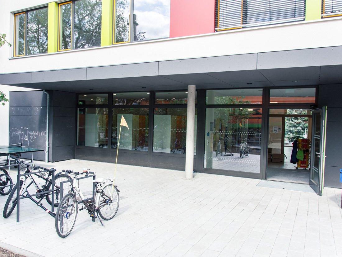 Aussenansicht SRH Montessori Grundschule Dresden