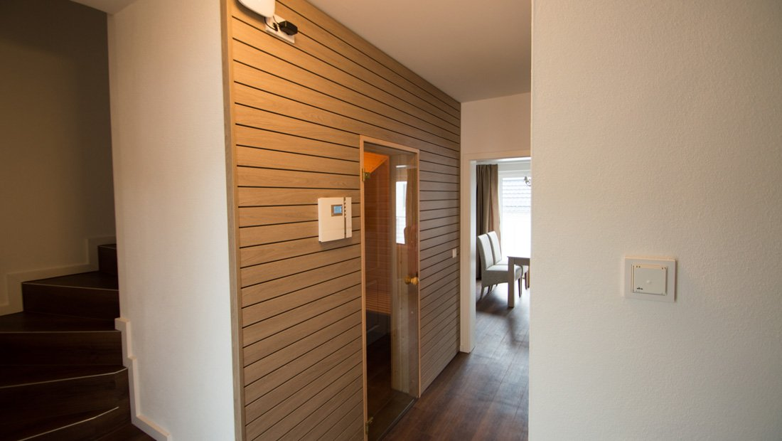 Eingangsbereich mit Sauna im elbresort Rathen