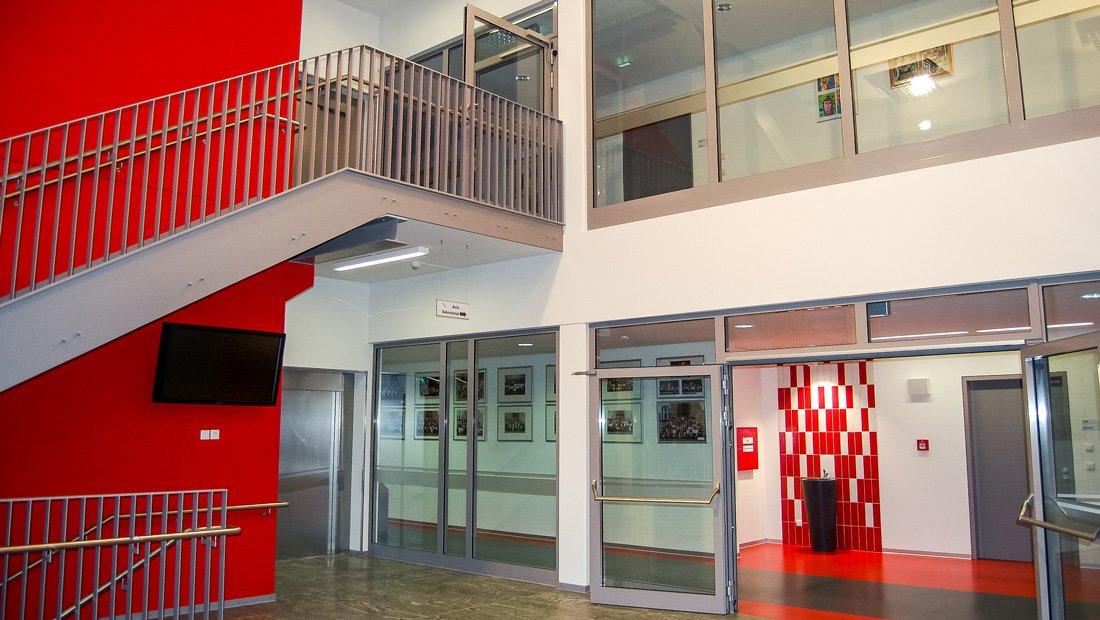 Treppenhaus Gymnasium Großröhrsdorf