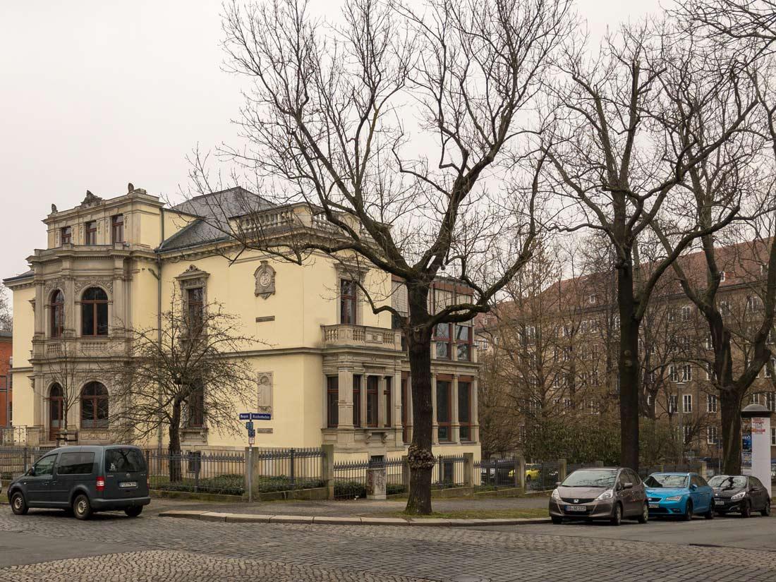 Aussenansicht der Imvent Gruppe in Dresden.