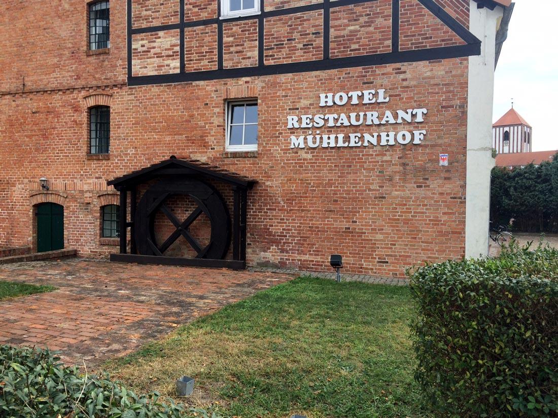 Aussenansicht-Hotel-zur-Mühle-Wusterhausen