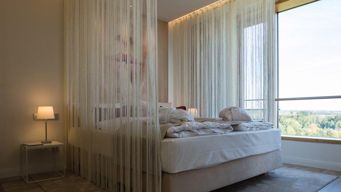 BestWestern-Lichtenwalde-Hochzeitszimmer-Schlafbereich