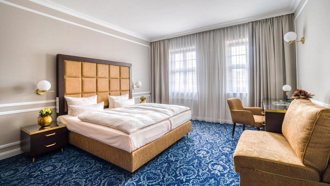 Doppelzimmer-Hotel-Suitess-Dresden